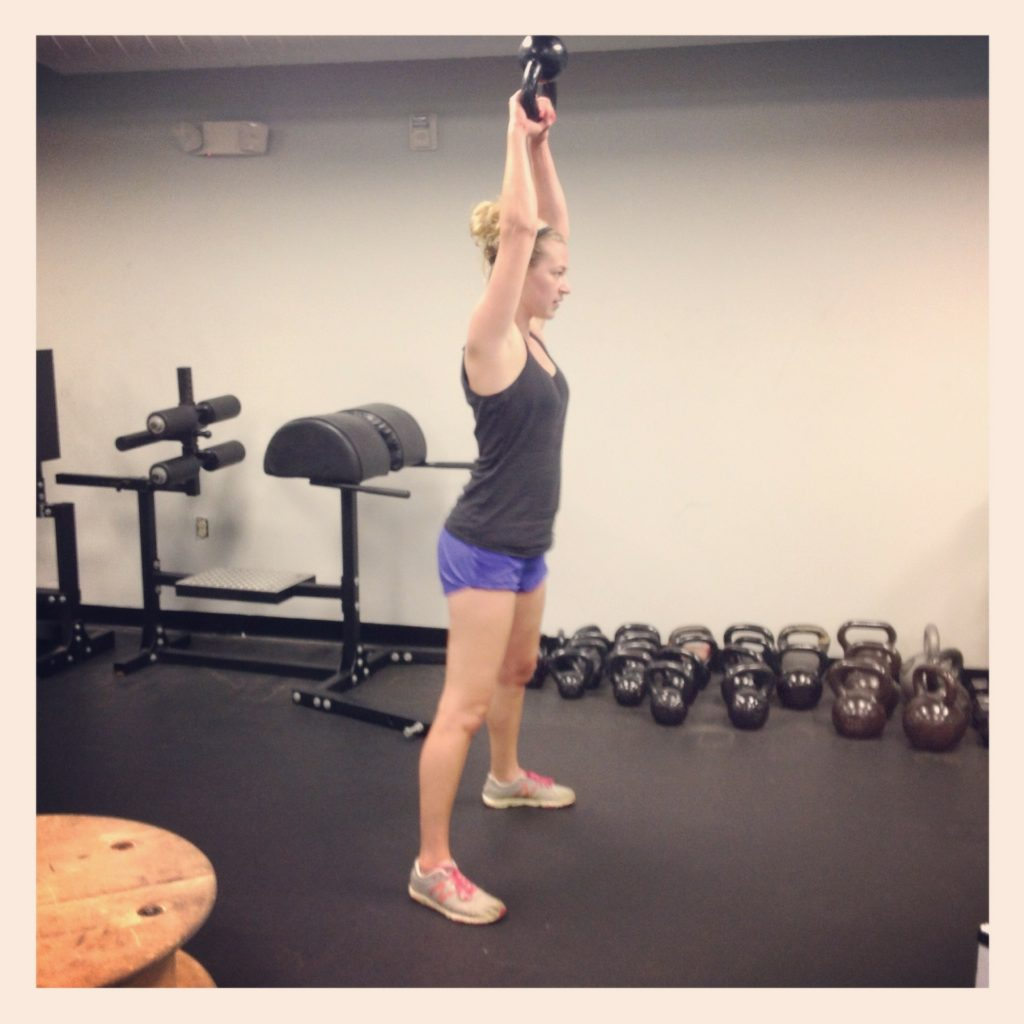 kettlebell swing américain - perf&fit coaching sportif lyon