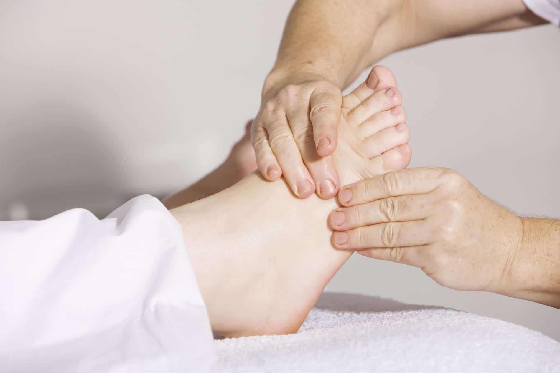 réflexologie plantaire saint-etienne massage de pied
